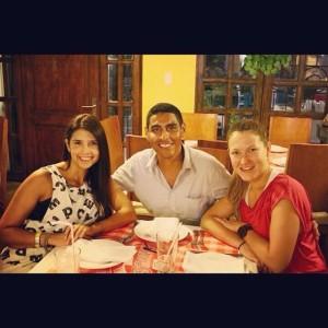 Cena con Carolina y Quique en Nicolela (éramos más, pero yo sólo tengo esta foto :P)