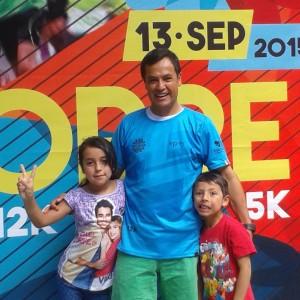 En compañía de mis hijos en la Feria DeporteVida